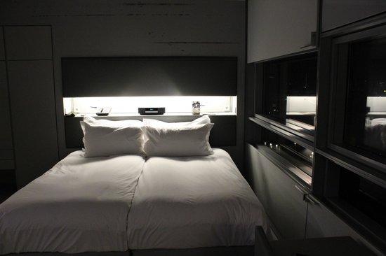 Sofitel Vienna Stephansdom: Кровать