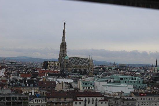 Sofitel Vienna Stephansdom: Вид из окна