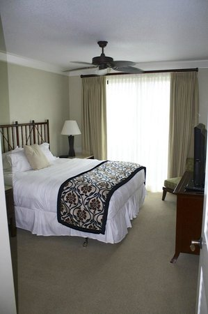 Honua Kai Resort & Spa: Guest Room