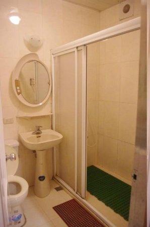 Love Home Garden Inn : toilet