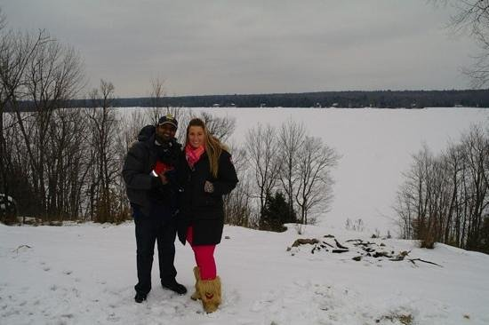 Woodhaven Country Lodge: lake view