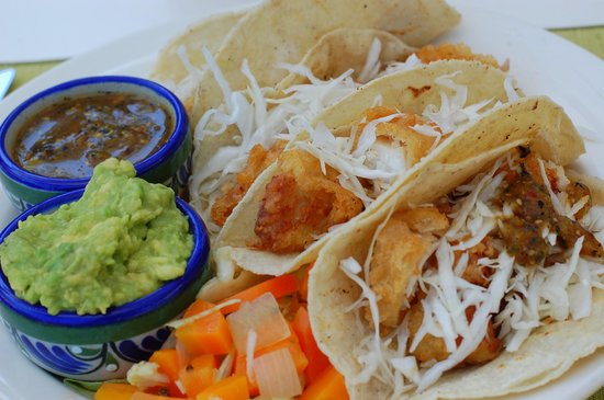 Grand Isla Navidad Resort: Fish Tacos off pool snack menu