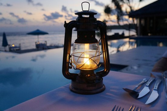Breakas Beach Resort Vanuatu : Setting the scene