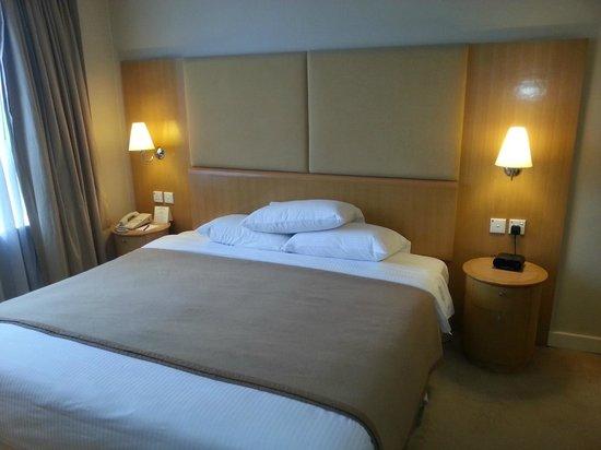 The Salisbury-YMCA of Hong Kong: Queenサイズのベッドです