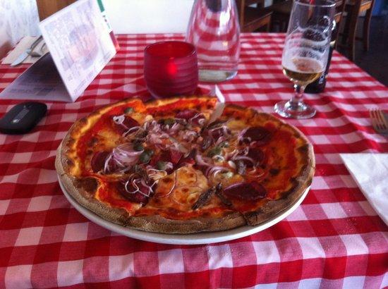 Ristorante Pizzeria Paradiso Da Toni: al araba pizza