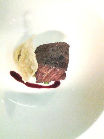 Kura Kura Restaurant: Red Wine Poached Sablefish in Smoke