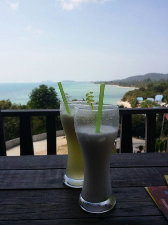 Thongyang Seaview Restaurant and Lounge Bar: A drink with a view