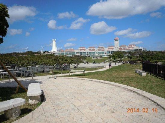 Okinawa Peace Memorial Park: 沖縄平和祈念堂と沖縄県平和祈念資料館