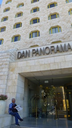 Dan Panorama Jerusalem: front view of the hotel