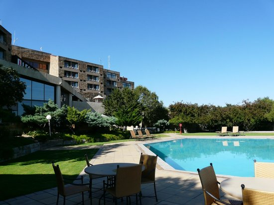 AVANI Lesotho Hotel & Casino: View of hotel from pool deck.