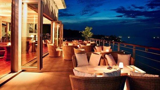 Vanilla Sky Bar & Gastro Pub - Cape Sienna - Phuket, Thailand