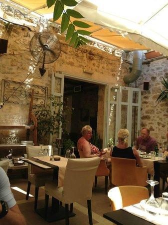 La Boheme: Nice and cool under the shade