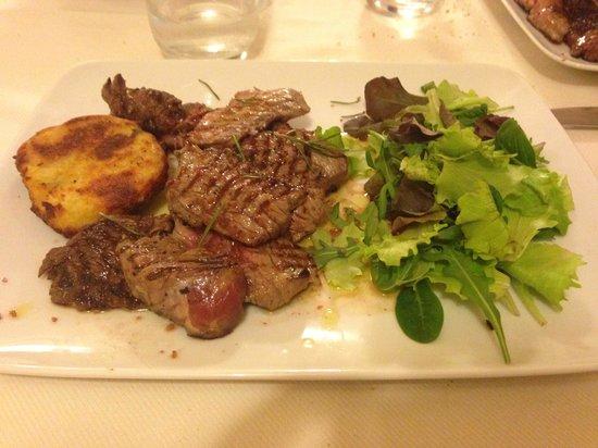 Osteria Dei Priori: Tagliata di manzo con rosti di patate