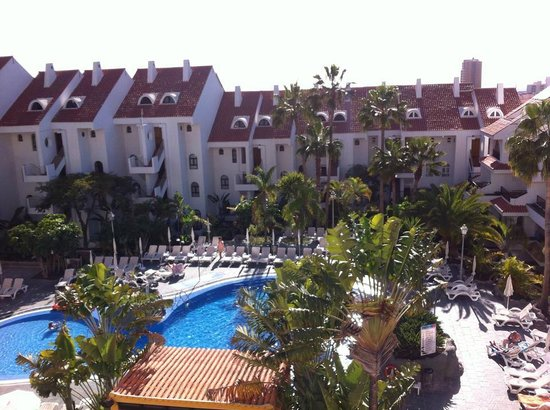 Paradise Park Fun Lifestyle Hotel: The view over the pool from our room (427)