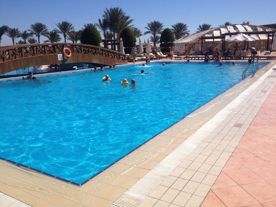 Sharm Grand Plaza: The pool by the Luna bar