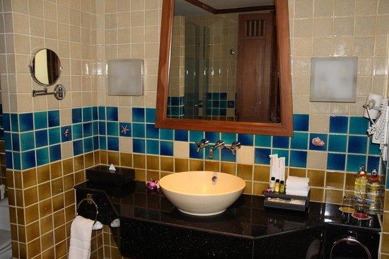 Amari Vogue Krabi: Ванная.