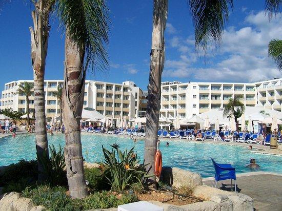 db Seabank Resort + Spa: piscine