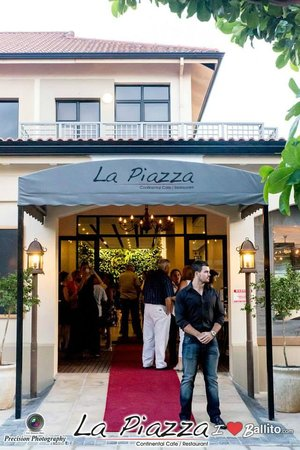 La Piazza Continental Cafe / Deli The Well Ballito