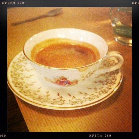 Un caf la quincaillerie photo de la quincaillerie - Quincaillerie paris 16 ...