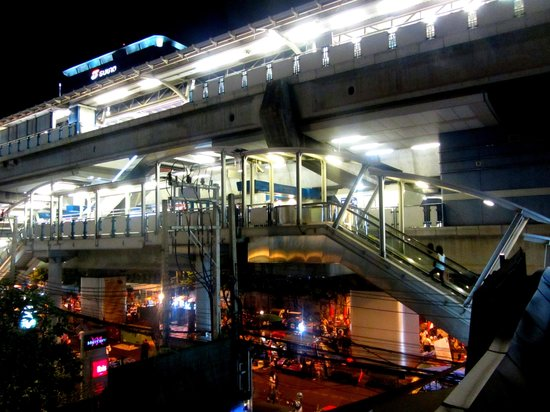 Lub d Bangkok Siam: Good access to the BTS Sky Train.