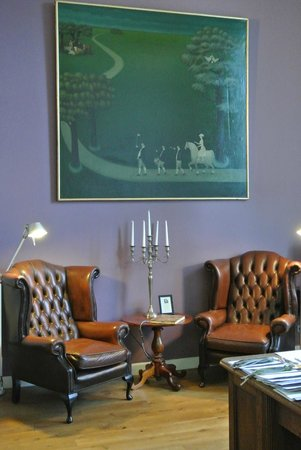 Suite Hotel Pincoffs : De bibliotheek