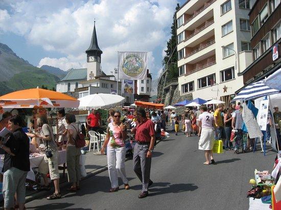 Hotel Quellenhof: Aroser Markt
