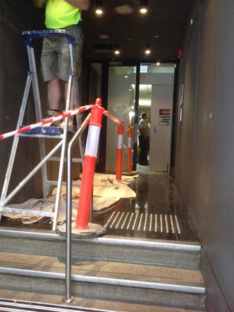 Punthill Flinders Lane Apartments: Not a great welcome