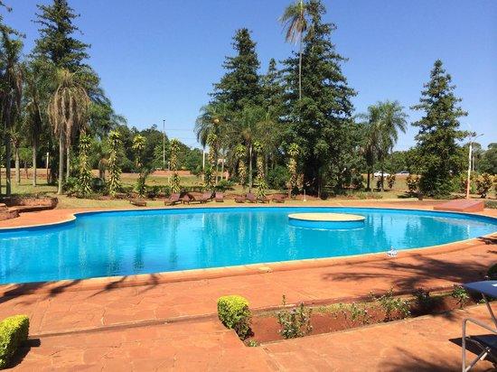 Hostel Inn Iguazu : Le matin, la piscine est à vous...