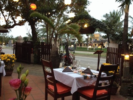 CAVA Restaurant & WineCafe: Bra utsikt