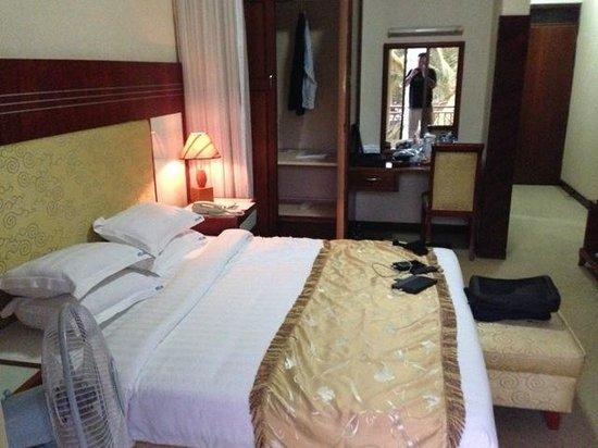 Hotel Africana : Single room, #316