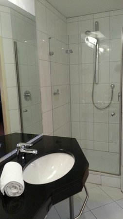 Hotel Lindenhof: Bad Komfortzimmer