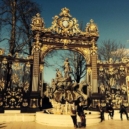 Place Stanislas : Les portes