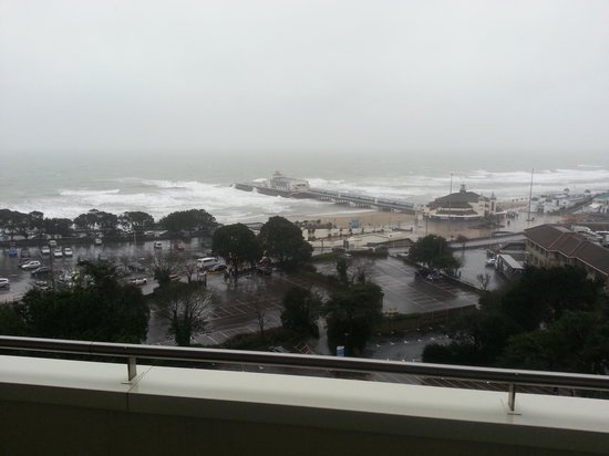 Premier Inn Bournemouth Central Hotel: great view of storm