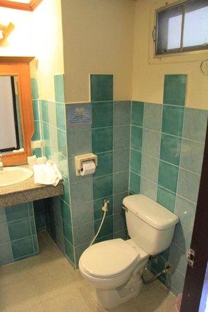 Chang Park Resort & Spa: ванная/туалет