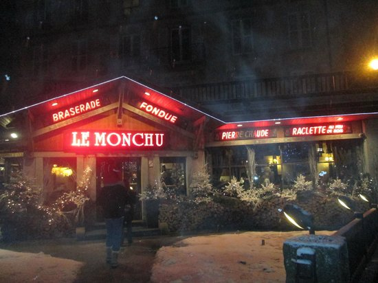 Le Monchu: View from the street