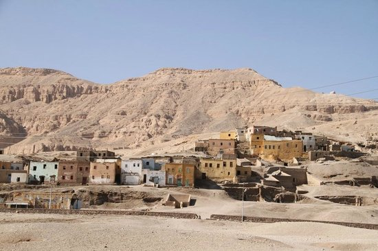 Luxor Taxi -  Day Tours: valley of the Nobles