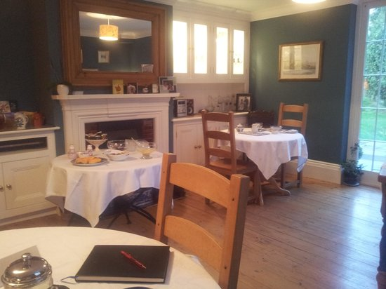 Knapwell Wood Farm: Spacious breakfast room