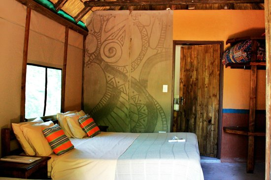 Mashovhela Bush Lodge: Inside our Safari Tent
