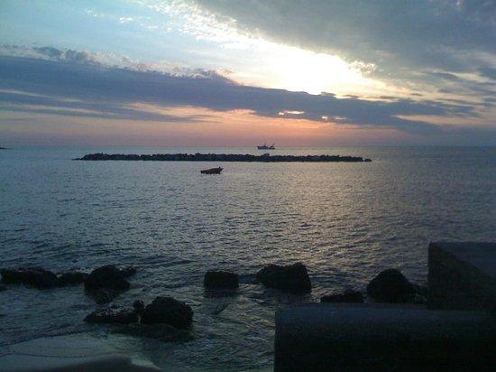 il tramonto di villa adriana