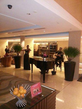 Impiana KLCC Hotel : Playin musik at lobby