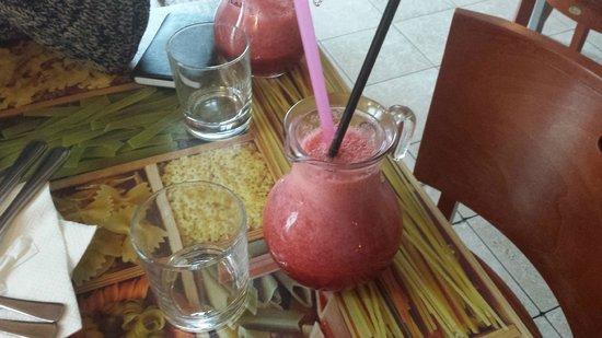 Cafe Tripoli : Fruit shake