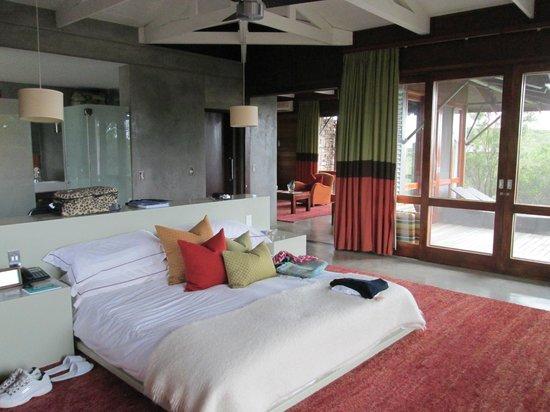 Kwandwe Ecca Lodge: Our luxurious bedroom