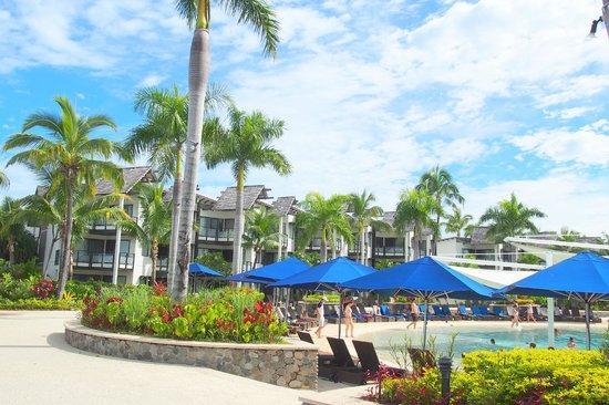 Radisson Blu Resort Fiji Denarau Island: Beautiful pool area