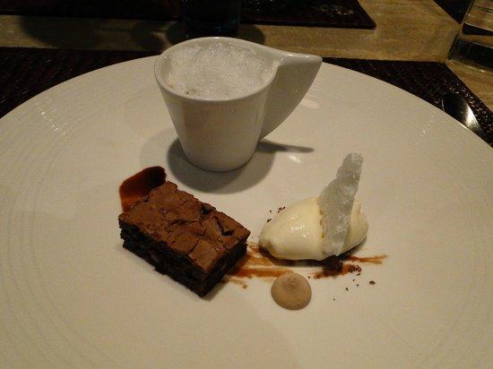 Vincent: Milch trifft Schokolade  66% Callebaut/Karamell/Vanille