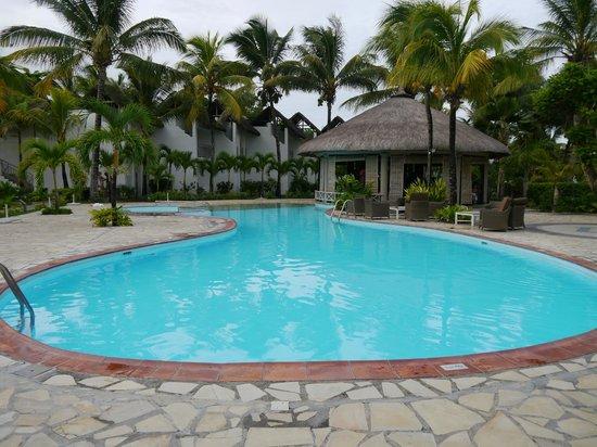 Piscine picture of veranda palmar beach belle mare for Verranda piscine