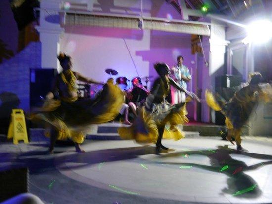 Veranda Palmar Beach: animation mauricienne