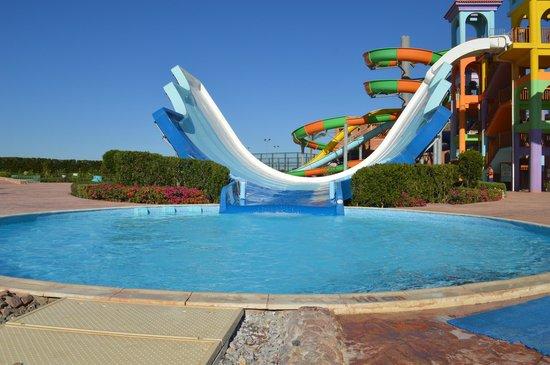 Charmillion Club Aqua Park : slides
