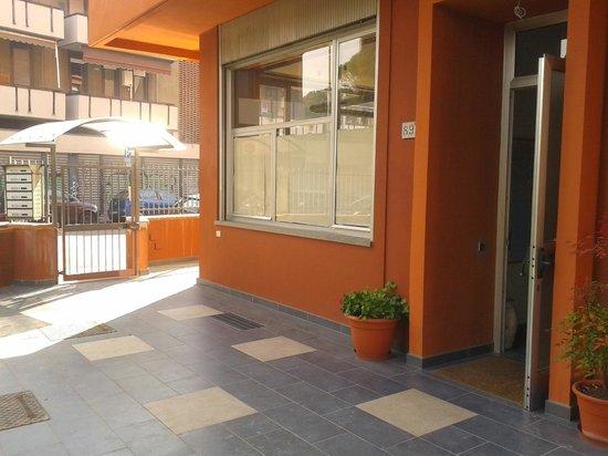Residenza Marotta: Esterno ingresso