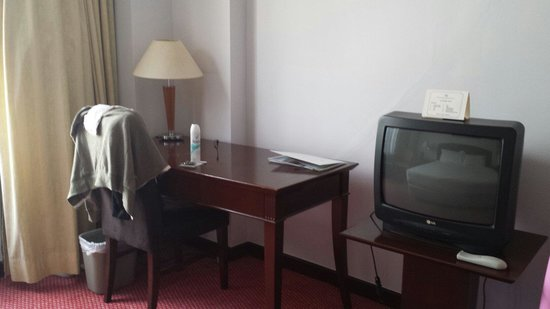 Hotel Soleil : A lovely 'premier' room TV