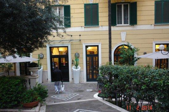 Villa San Lorenzo Maria Hotel: San lorenzo garden